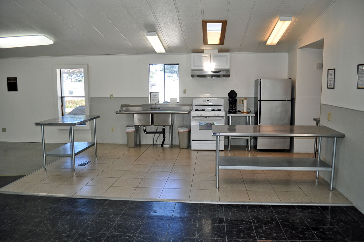 Facilities and amenities bodega bay rv park 707 875 3701 for Kitchen amenities list